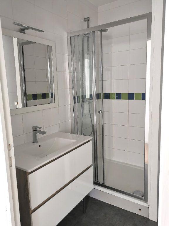 Appartement à vendre 4 77.91m2 à Saint-Nazaire vignette-5