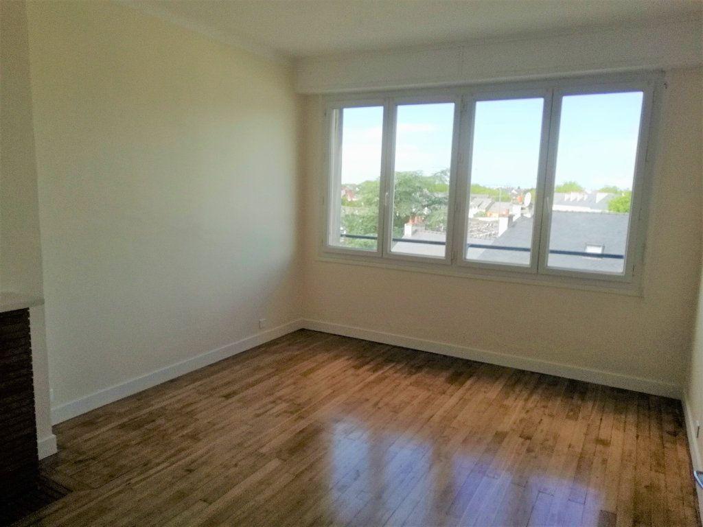 Appartement à louer 2 54.55m2 à Saint-Nazaire vignette-3
