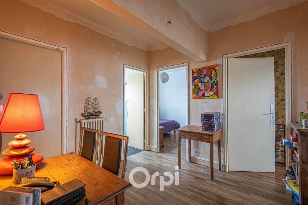 Maison à vendre 12 350m2 à Pluvigner vignette-6
