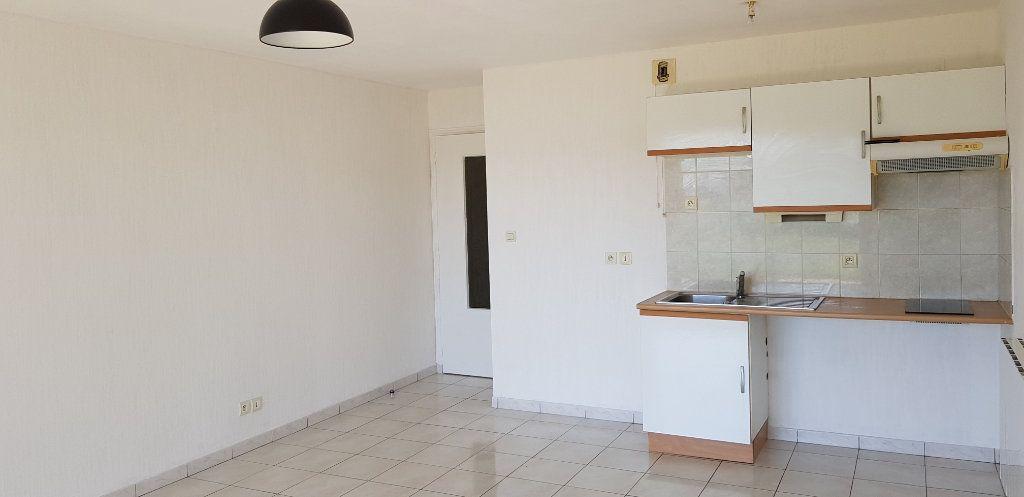 Appartement à louer 2 43.95m2 à Étel vignette-4