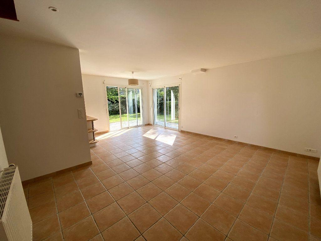Maison à louer 5 91m2 à Pluneret vignette-3