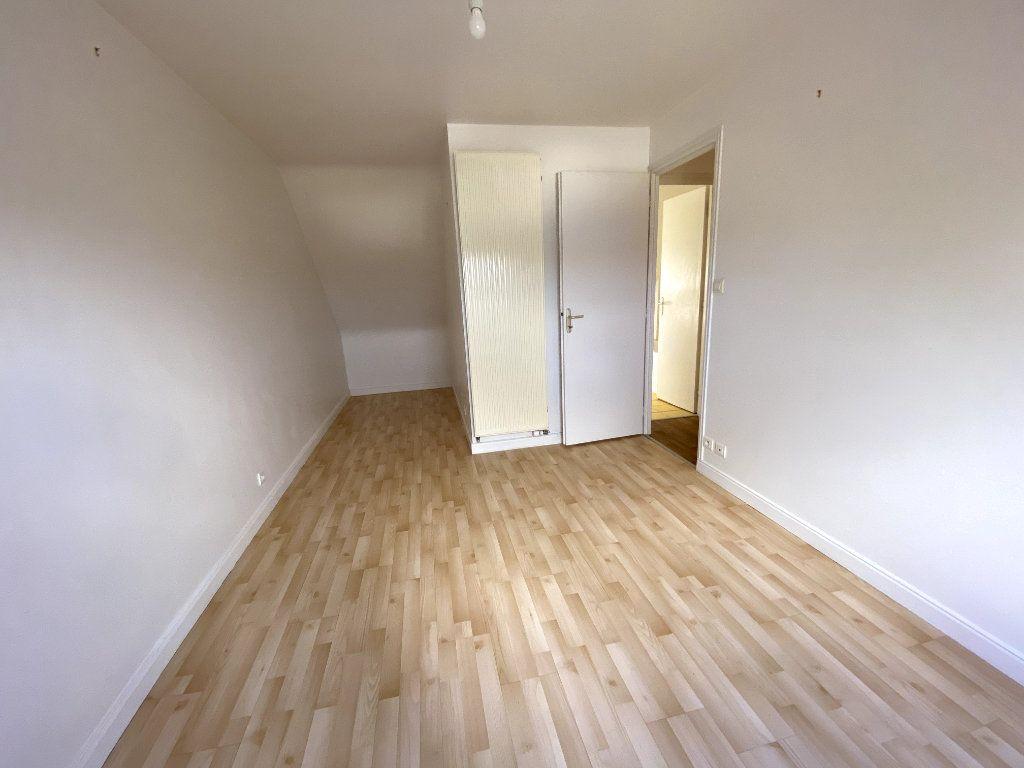 Maison à louer 5 91m2 à Pluneret vignette-6