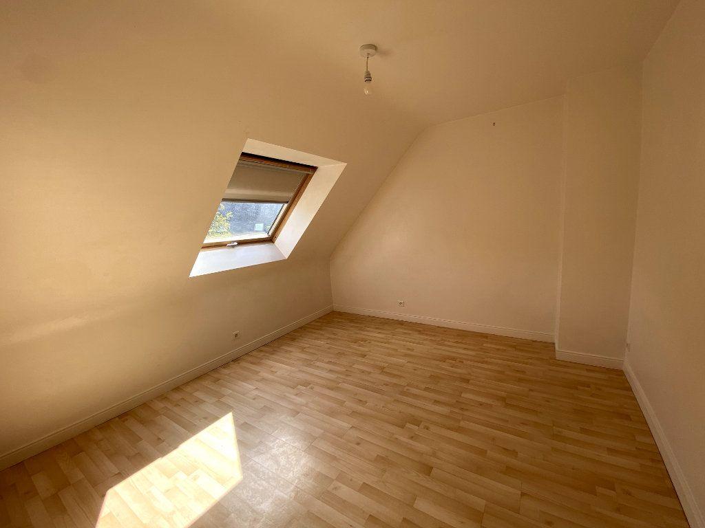 Maison à louer 5 91m2 à Pluneret vignette-9