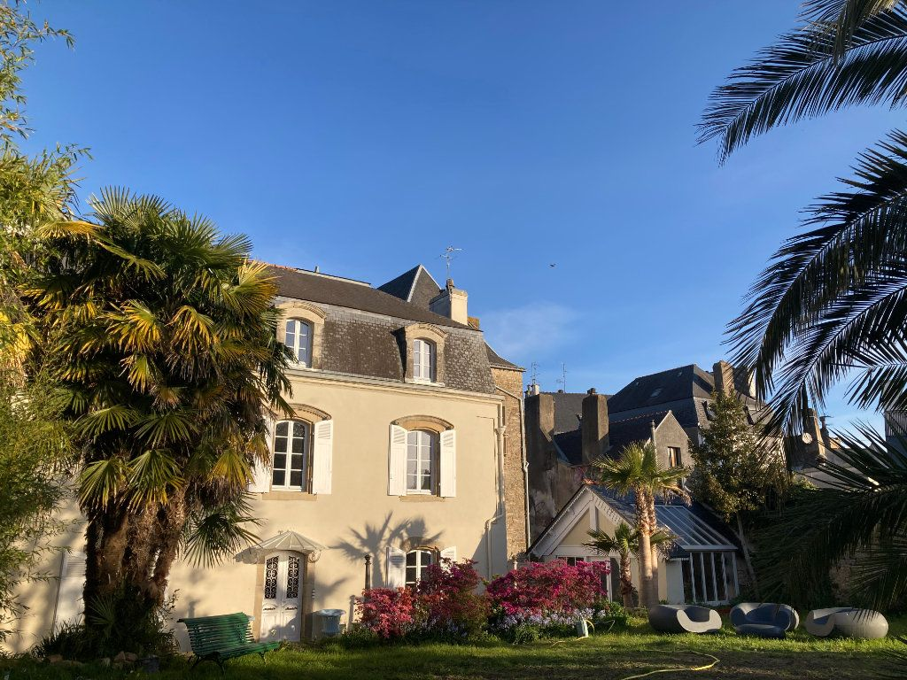 Appartement à louer 3 68.39m2 à Auray vignette-1