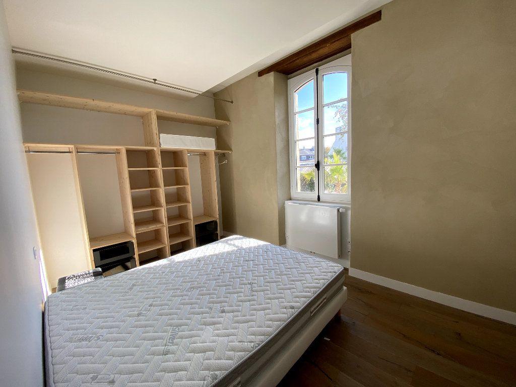 Appartement à louer 3 68.39m2 à Auray vignette-4