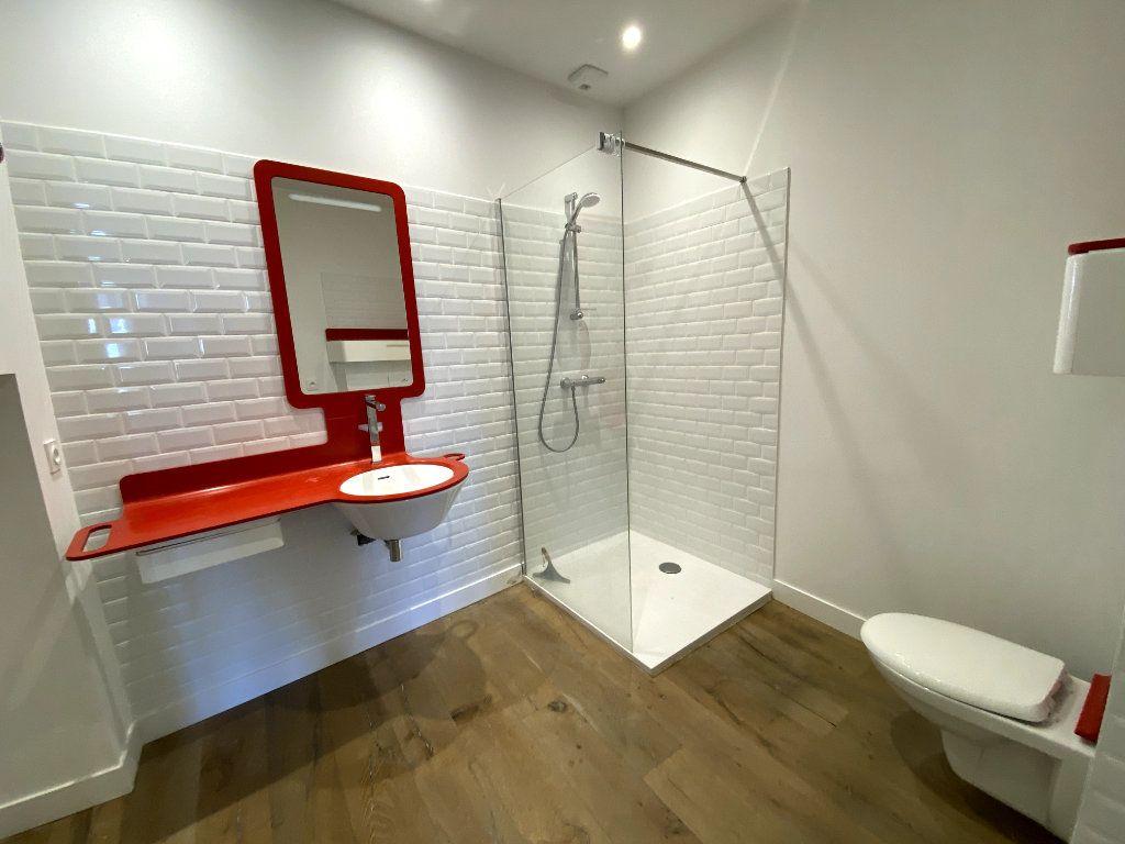 Appartement à louer 3 68.39m2 à Auray vignette-6