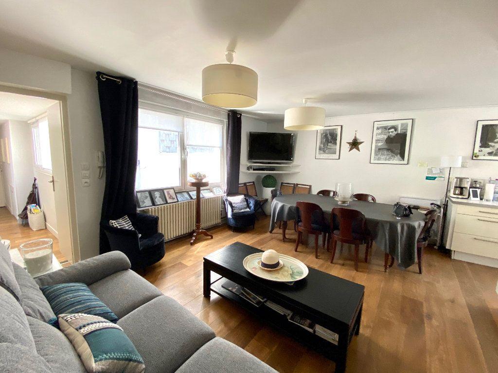 Appartement à vendre 5 74.48m2 à Le Touquet-Paris-Plage vignette-2