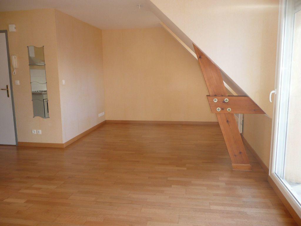 Appartement à louer 3 55m2 à Cucq vignette-2