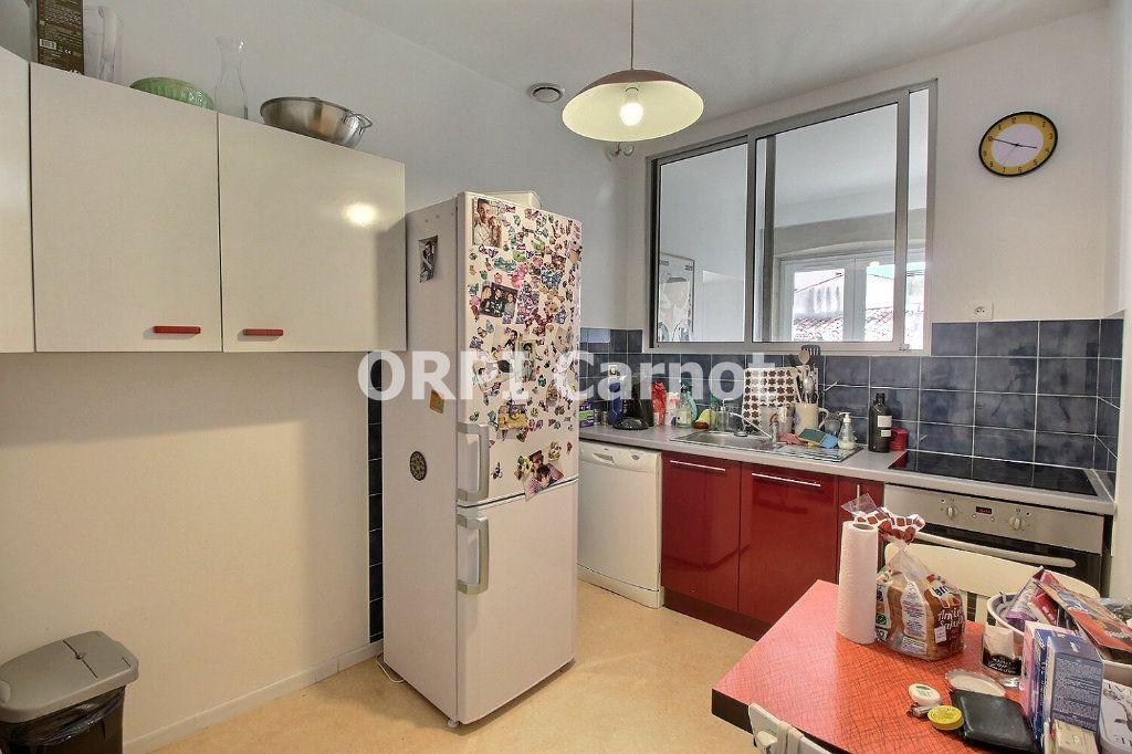 Appartement à louer 4 84m2 à Castres vignette-3