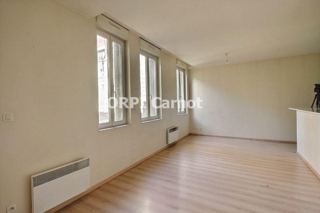Appartement à louer 2 48.19m2 à Castres vignette-2