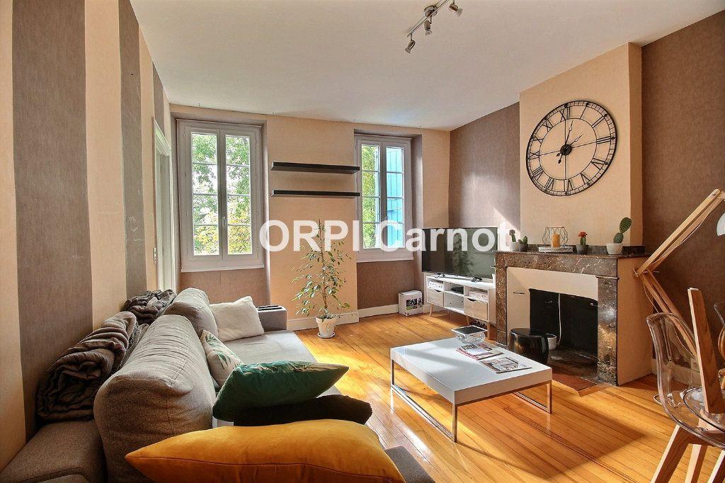 Appartement à louer 2 71m2 à Castres vignette-1