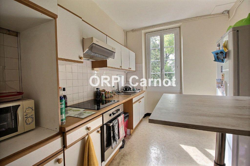 Appartement à louer 2 71m2 à Castres vignette-4