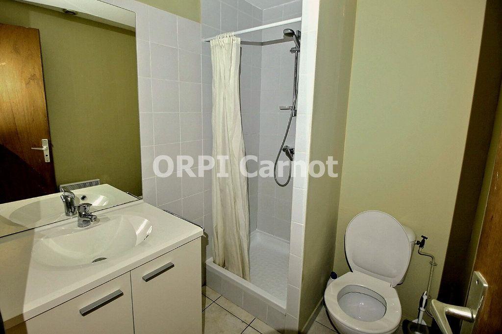 Appartement à louer 1 28m2 à Castres vignette-3