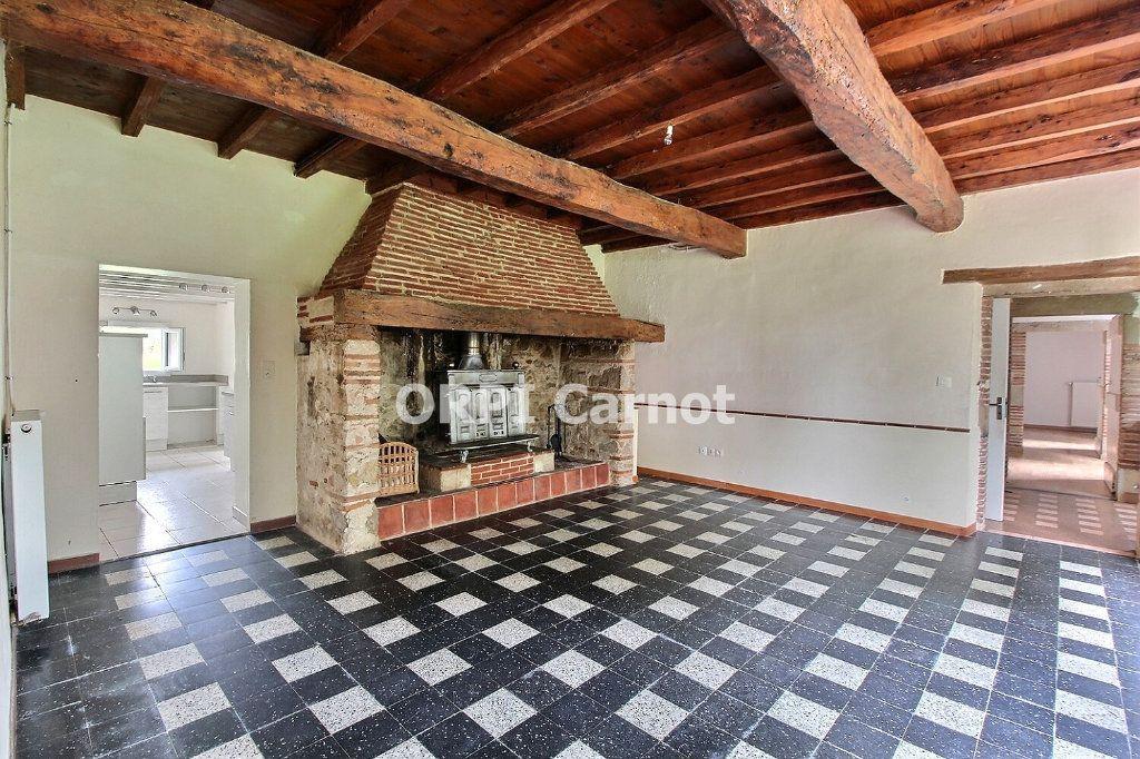 Maison à louer 5 116.86m2 à Damiatte vignette-1