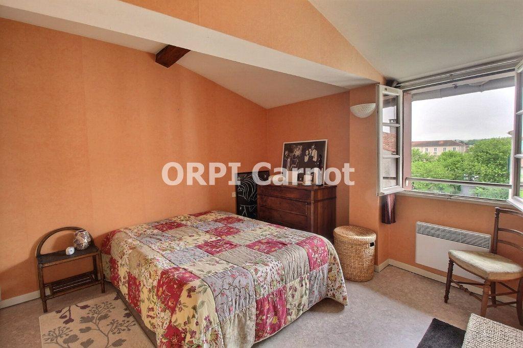 Appartement à louer 3 72.47m2 à Castres vignette-4