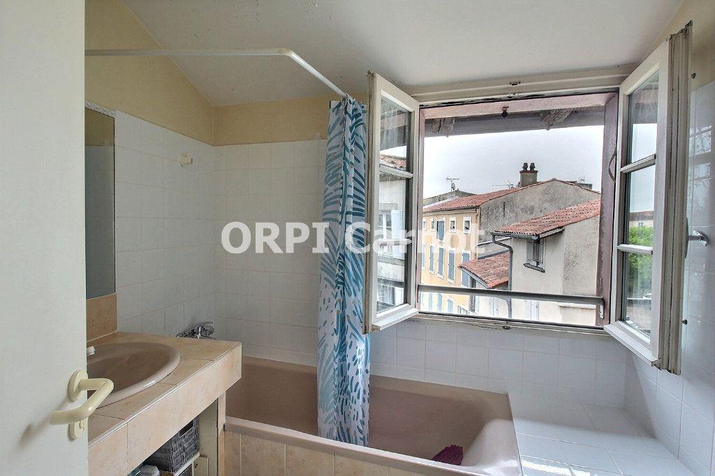 Appartement à louer 3 72.47m2 à Castres vignette-5