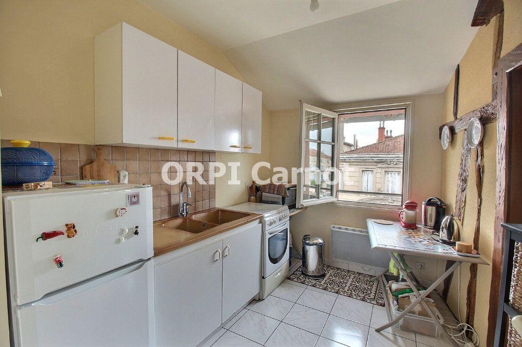 Appartement à louer 3 72.47m2 à Castres vignette-6