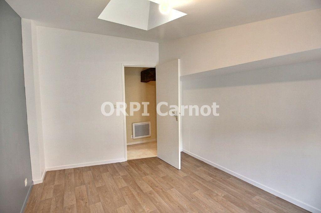 Appartement à louer 3 63m2 à Castres vignette-4