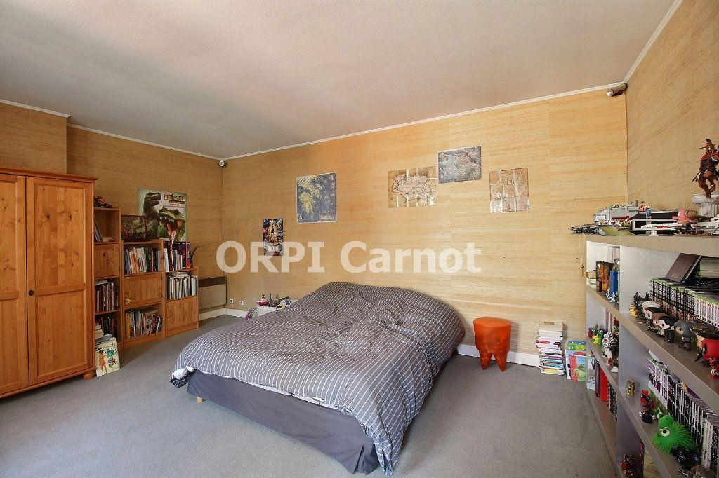 Appartement à vendre 3 125m2 à Castres vignette-8