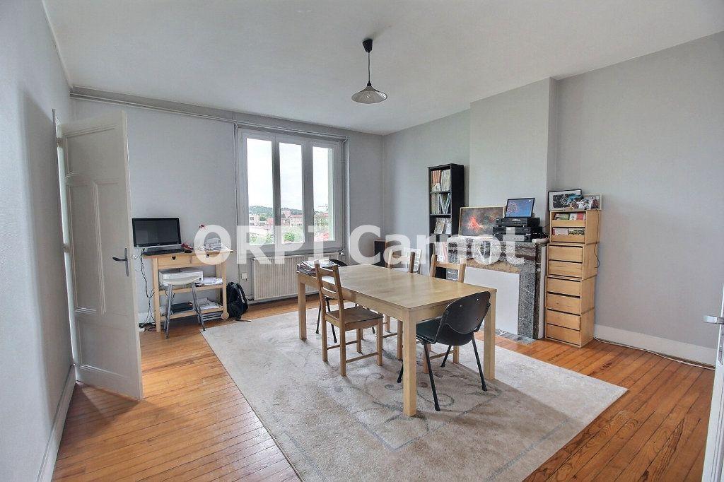 Appartement à louer 5 120m2 à Castres vignette-1