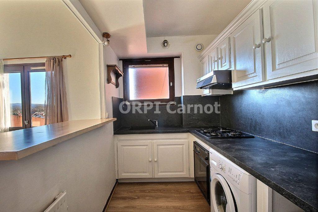 Appartement à louer 3 74m2 à Castres vignette-2