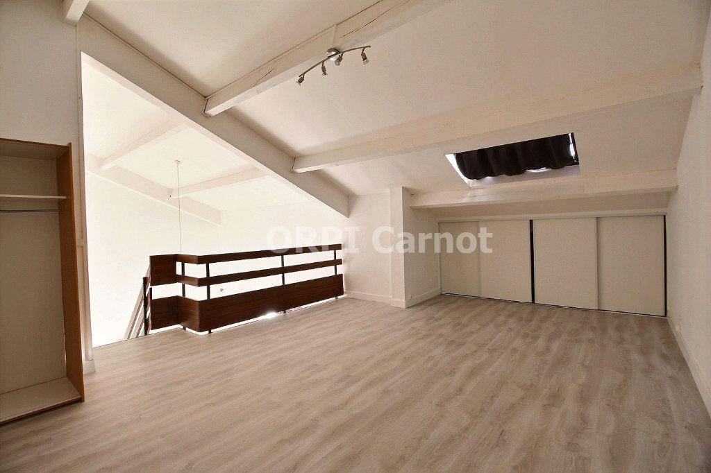 Appartement à louer 3 74m2 à Castres vignette-5