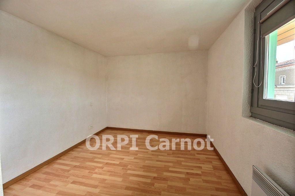 Appartement à louer 3 51.08m2 à Castres vignette-4