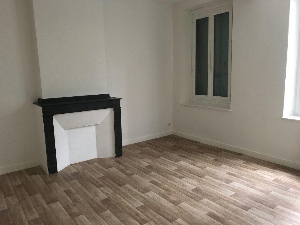 Appartement à louer 5 83m2 à Castres vignette-2