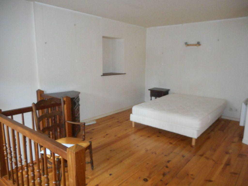 Appartement à louer 1 40m2 à Mazamet vignette-5