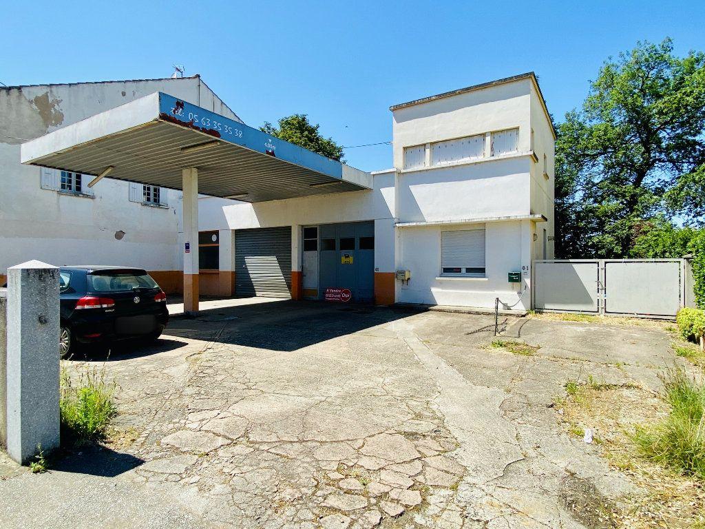 Immeuble à vendre 0 180m2 à Castres vignette-2