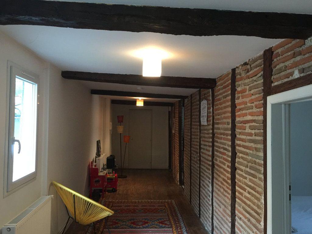 Appartement à louer 3 115m2 à Castres vignette-1