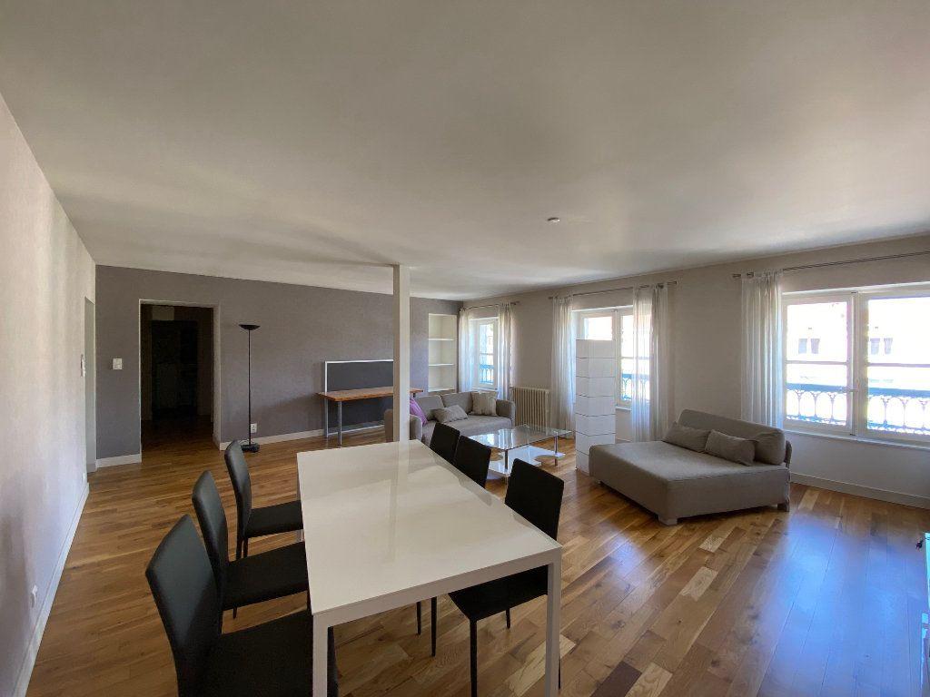 Appartement à louer 2 83m2 à Castres vignette-2
