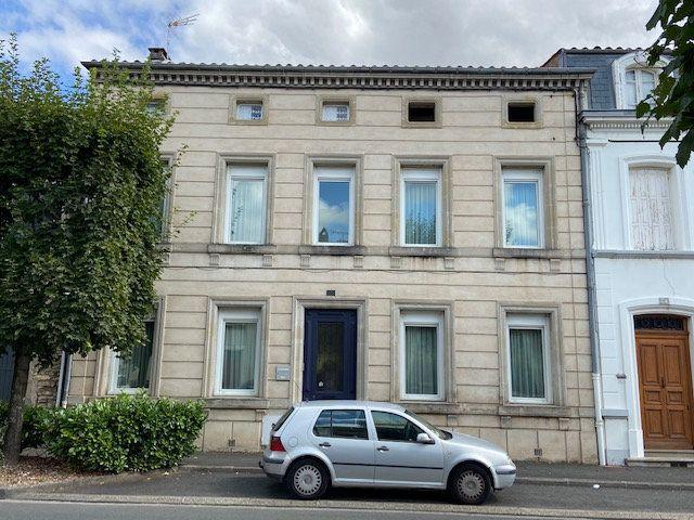 Maison à vendre 10 260m2 à Castres vignette-1