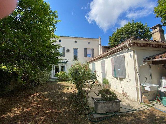 Maison à vendre 10 260m2 à Castres vignette-3