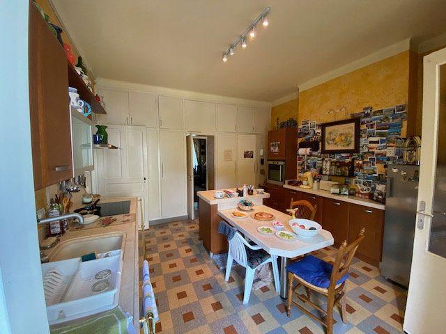 Maison à vendre 10 260m2 à Castres vignette-4
