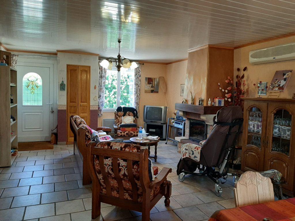 Maison à vendre 4 110m2 à Saint-Amans-Valtoret vignette-5