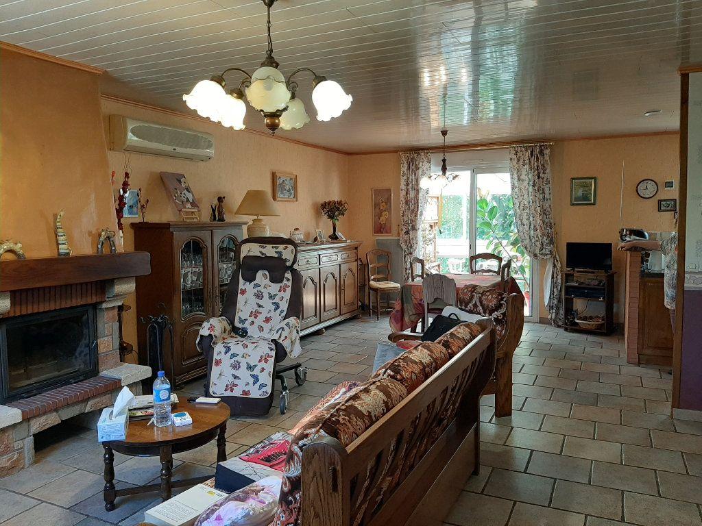 Maison à vendre 4 110m2 à Saint-Amans-Valtoret vignette-6