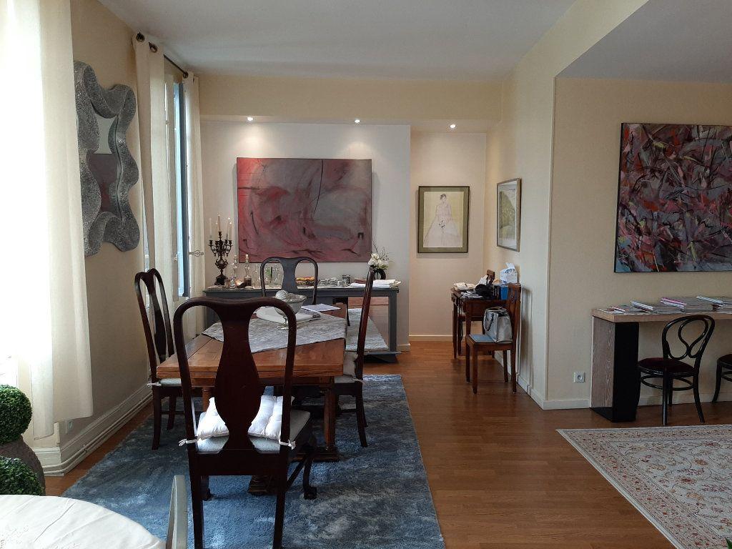 Appartement à vendre 3 120m2 à Mazamet vignette-8