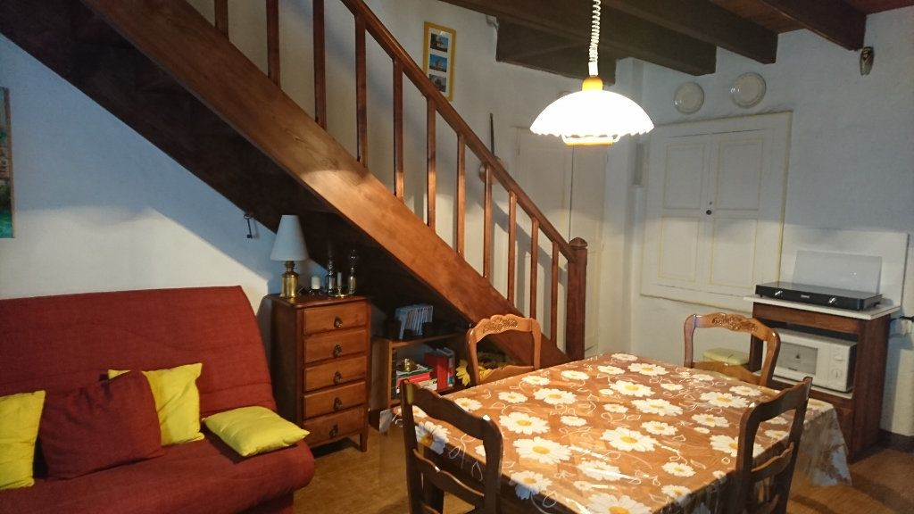Maison à vendre 3 60m2 à Sauveterre vignette-1