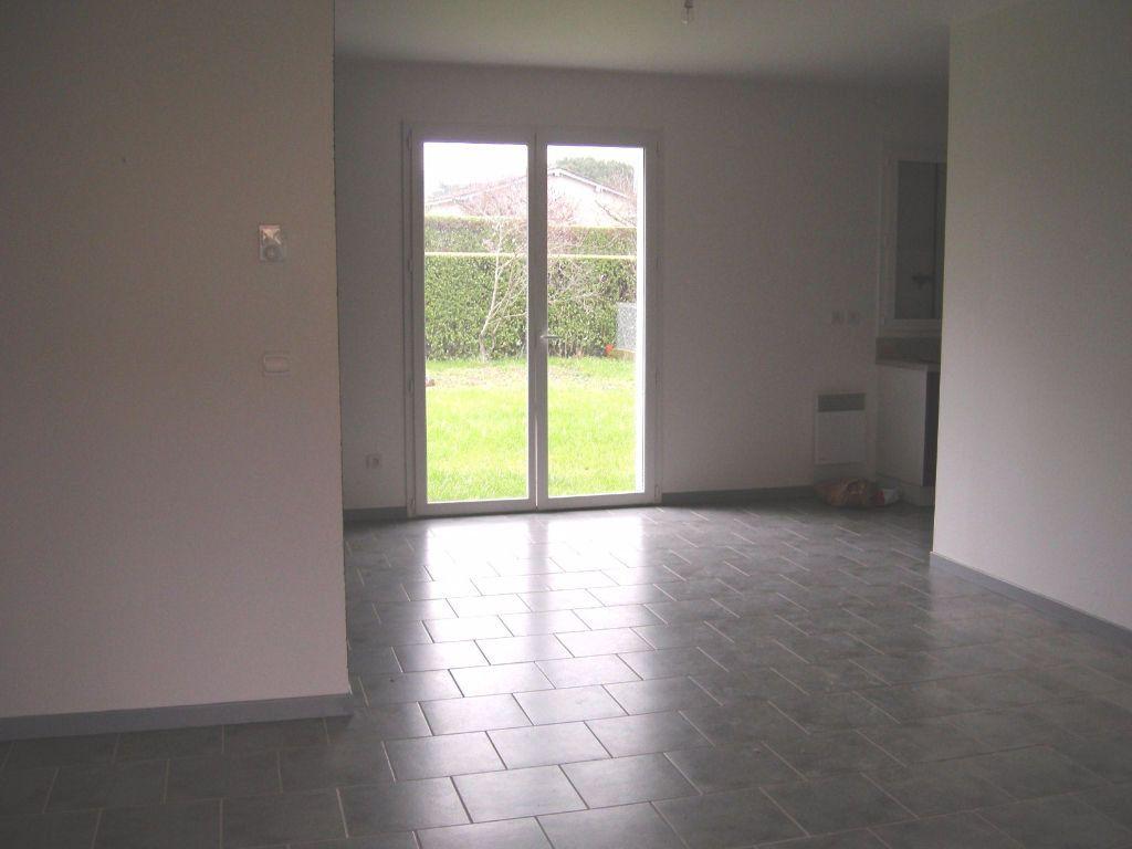 Maison à vendre 4 64m2 à Roquecourbe vignette-2
