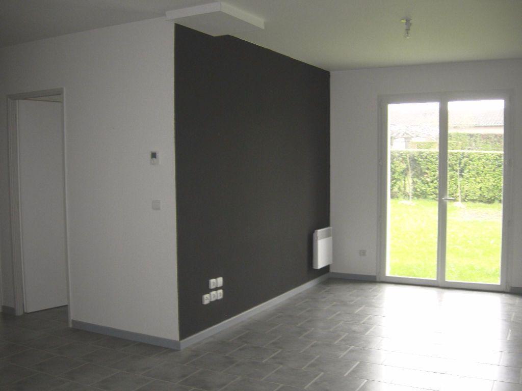 Maison à vendre 4 64m2 à Roquecourbe vignette-4