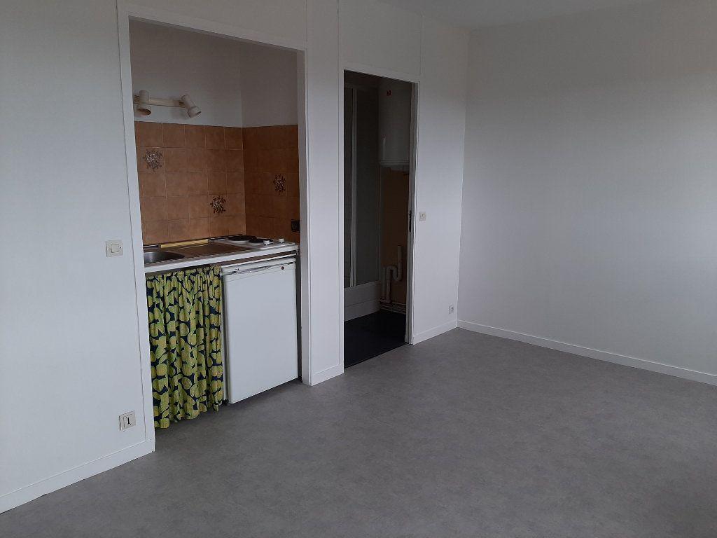 Appartement à vendre 1 21m2 à Mazamet vignette-4