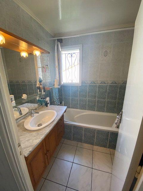 Maison à vendre 6 99m2 à Castres vignette-5