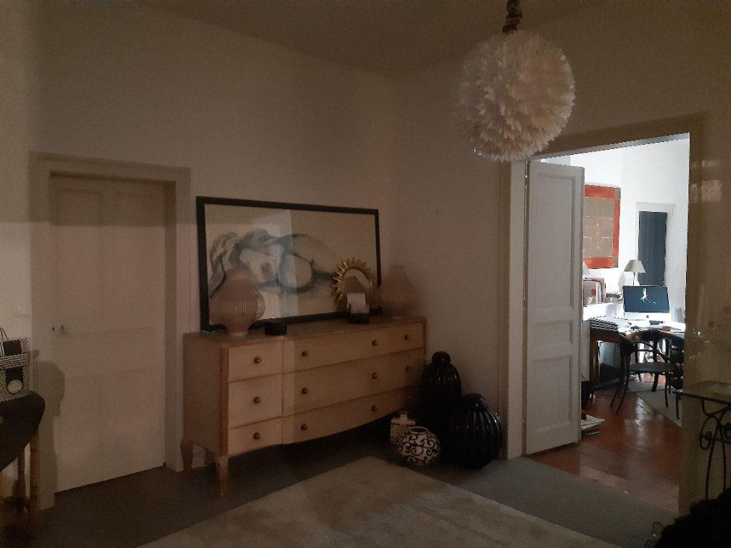 Appartement à louer 4 140m2 à Castres vignette-3