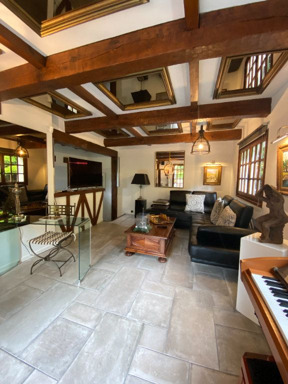 Maison à vendre 6 124m2 à Aiguefonde vignette-4