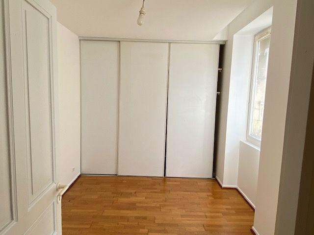 Appartement à vendre 3 63m2 à Castres vignette-3