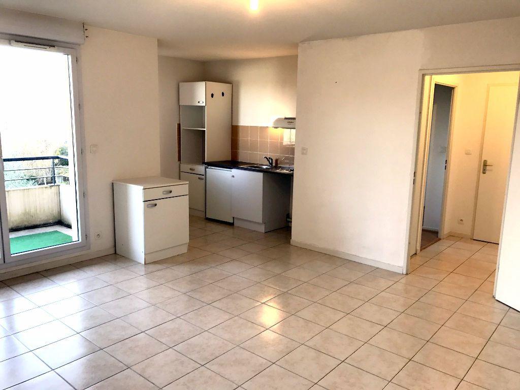 Appartement à louer 2 43m2 à Albi vignette-4