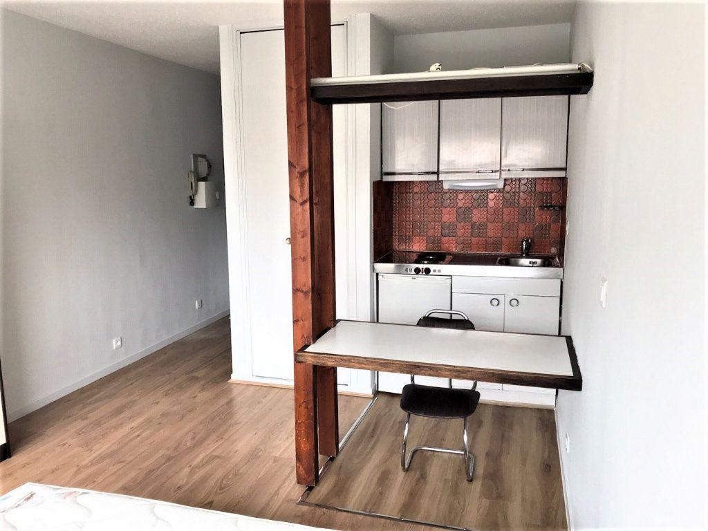 Appartement à louer 1 19.76m2 à Albi vignette-1