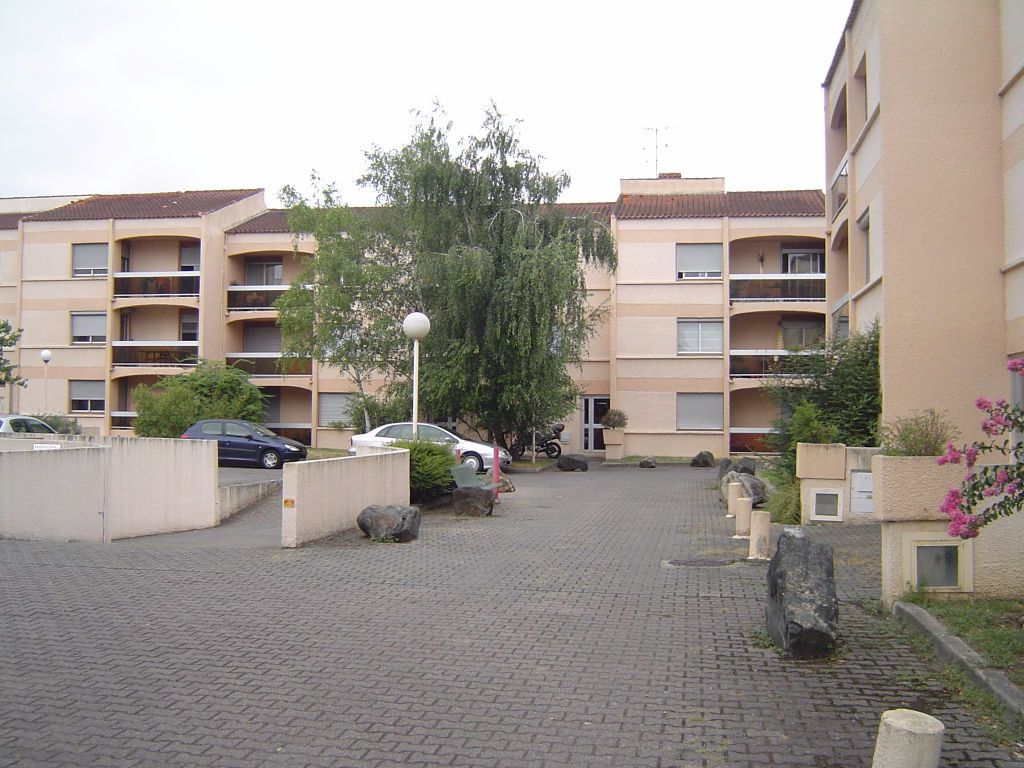 Appartement à louer 1 32m2 à Albi vignette-5