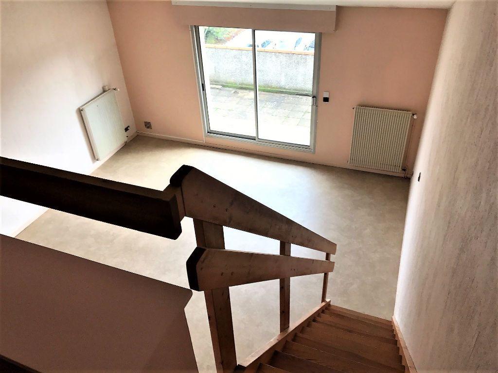 Appartement à louer 2 53m2 à Albi vignette-4
